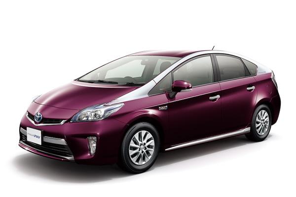 2015 Toyota Prius Plugin-Hybrid Review